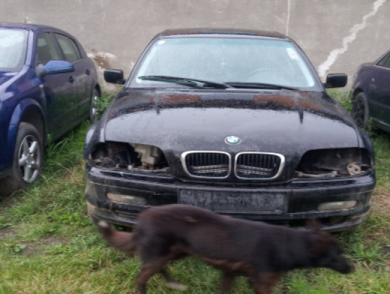 BMW 3 Series E46 [1997 - 2003] Sedan 4-doors 318i MT (118 hp)